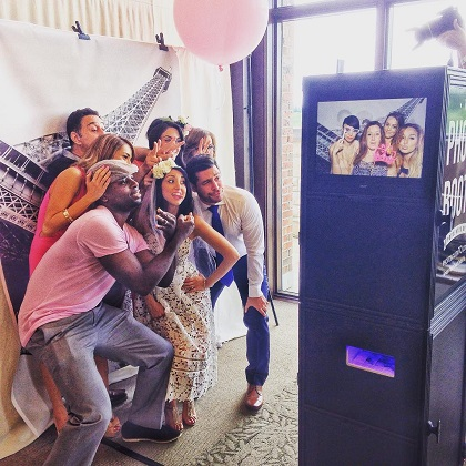 bridal-shower-photo-booth